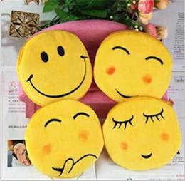 Wholesale hot sale best price designs QQ expression Coin Purses cute emoji coin bag plush pendant smile wallet D452