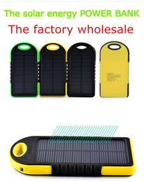 Wholesale NEW Iphone and other common electronic products charging treasure genuine three anti fashion polymer solar mobile power mah
