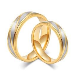 Promotion bague de fiançailles en titane or Engagement et bagues de mariage 18K quelques anneaux d'or de mode anneaux pour des alliances en acier inoxydable homme et femmes