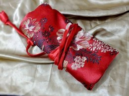Wholesale Squidlike damask bag combs area unique crafts chinese style gift