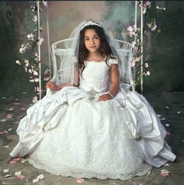 Vintage Ball Gown Flower Girls Dresses For Birthday Party With Short Sleeves Lace Appliques Ruffles Kids Communion Dress Custom Size