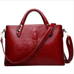 Wholesale Lowest price NEW Popular Bolsas Woman Bag High quality women messenger bags Fashion Luxury crocodile grain Women Leather handBag