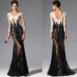 2019 Sexy High Quality Evening Gowns Sleeves Long Prom Gowns Formal Mermaid Sheath V Neck Ivory White Champagne and Black Lace See Through