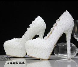 Perles de diamant hauts talons à vendre-nouvelle chaussures de mariage mariée perles de diamants dentelle blanche chaussures de mariage des femmes à talons hauts