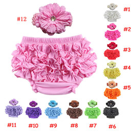 Wholesale-Newborn Ruffle Baby Bloomers Outfit Baby Lace Ruffle Shorts Matching Big Flower Headband Girl Diaper Covers Baby Ruffle PP Pants