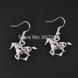 Wholesale High Quality Pairs Zinc Alloy Silver Plated One side Fashion Animal Horse Drop Earrings Jewelry From Ourself Factory