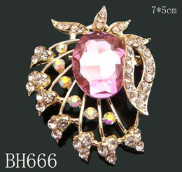 Wholesale hot sell Women Gold plated Zinc alloy crystal rhinestone flowers Brooches bridal jewelry Free shipping 12pcs lot mixed color BH666