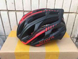 Wholesale Women and Mens g Maste Prevailed Evade Cycling Helmet Road Bicycle Helmet Bicicleta Casco Medium Bike Parts