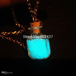 Wholesale Steampunk bottle necklace Magic Fire Fairy Angel dust pendant charm Glow in the dark bottle vial Aqua