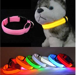 Wholesale Colorful Electric LED Pet Collar LED Light up Flashing Glow In The Dark Flash Night Outdoor Safety For Dog harness All Seasons