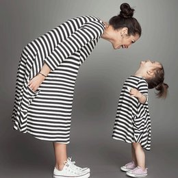 2019 Spring New Family Matching Outfits Baby And Mom Dress, Girl Dress,Women Kids Pajamas,Stripe Children Clothing,Girls Clothes E39