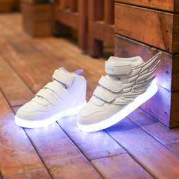 Wholesale Flashing Shoes Light Up Shoe Casual Shoe Luminous Shoe Wings Children Shoes Colorful Led Lights Charging Han Edition Boy Girl Winter Shoes S