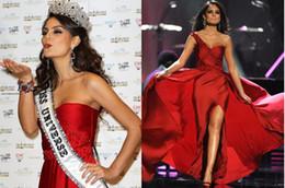 Sexy Amazing One Shoulder Celebrity Dresses Miss Universe Sheath Beads Embellished side Slit Prom Dresses Evening Gowns