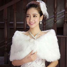 In Stock Fur Bridal Wrap Cape Stole Shawl Bolero Jacket Coat Perfect for Winter Wedding Bride Bridesmaid Real Image