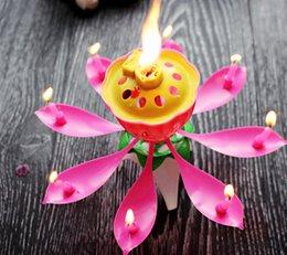 Velas de cumpleaños barcos en Línea-Feliz Cumpleaños automáticamente flor giratoria musical perfumado Espumoso flor de loto velas de cera de parafina envío del A-10