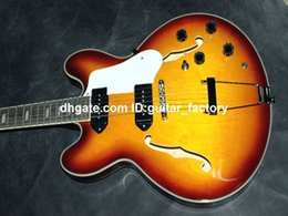 Wholesale Custom Hollow Body Casino Electric Guitar Jazz Guitar IN Vintage China Factory