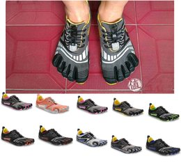 Wholesale Envío Gratis dedos calzado deportivo Hembra varón dedos zapatos de escalada zapatos de rock deportivos Laceshoes modelo