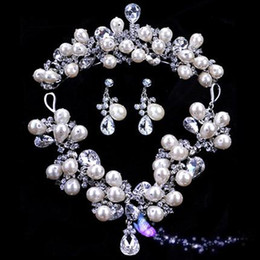 Wholesale Luxuriours Handmade Artful Pearl Wedding Jewelry Diamond Necklace Three piece Sets Beautiful Elegant Bridal Wedding Dress Accessories