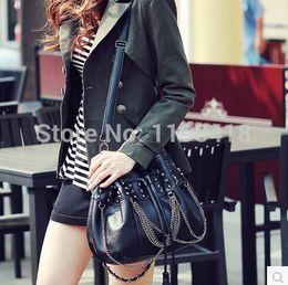 Wholesale-2015 new tassel handbag personality rivet Punk Skull Bucket Bag Drawstring Bag bag chain