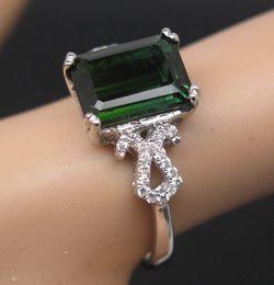Bague en or tourmaline verte en Ligne-Envoi gratuit En acier inoxydable 14K en or blanc ornement de tourmaline verte en diamants en anneau (R0074)