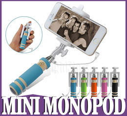 Super Mini Wired Selfie Stick Handheld portátil de espuma de luz Monopod Doblar auto-retrato Stick titular con cable para Sansung S6 borde iphone 6