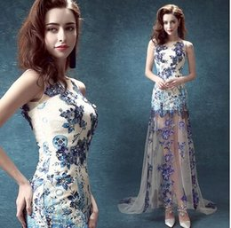 Wholesale New arrival hot sale fashion spike sweet princess lace Luxury Blue and white porcelain dinner toast trailing bride wedding dress