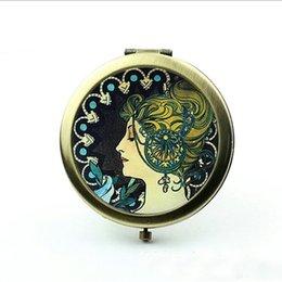 Wholesale Alphonse Mucha Pocket Mirror Antique Bronze Silver Makeup Mirror Portable Cosmetic Mirror