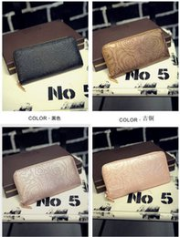 Fashion woman man wallet PU leather embossed floral wallet 3 colors American and European styles
