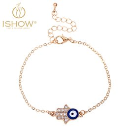 Wholesale Exquisite unique unisex charm bracelet cute evil eyes pattern bracelet adorable textured hand shape alloy rhinestone accessory bracelet