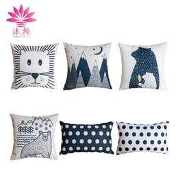 muchun Brand Christmas Decor Pillow Case Black Bear 2017 New Arrival 45*45cm Christmas Cotton Linen Home Textiles Decorative Pillow Cover