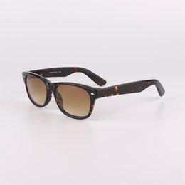 Wholesale 2132 Brand Sunglasses New Men and Women s Fashion Tortoise tea mirror mm mm casual glasses and Original box