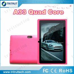 Wholesale 7 pulgadas pulgadas Quad Core A33 Q88 Tablet Android de Allwinner KitKat capacitiva de GHz MB de RAM DDR3 de GB ROM de doble cámara linterna A23 MQ100