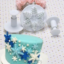 Wholesale-New 3Pcs Set Snowflake Fondant Cake decorating tools Cupcake Kitchen fondant Kitchen accessories Cake mold Stand cake baking