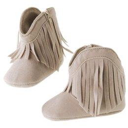 Wholesale Baby Infant Girls Soft Soled Antiskid Fringe Tassel Boots Good Selling Prewalkers Crib Shoes Months