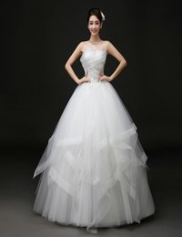 Wholesale Scalloped Sweetheart Tulle Ball Gown - Winter Wedding Dresses 2016 Ball Gown Scalloped New Lace Applique White Wedding Dress Tulle Cascading Ruffles Vintage Bridal Gowns 15003