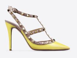 Wholesale Women Sandals Ladies Brand V Fashion High Heels Rivets Patent Matte Leather Sexy Pumps Colors size EU33