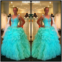 2020 New Arrival Puffy Luxury Crystal Beaded Corset Sweet 16 Quinceanera Dresses Masquerade Ball Gowns with Straps