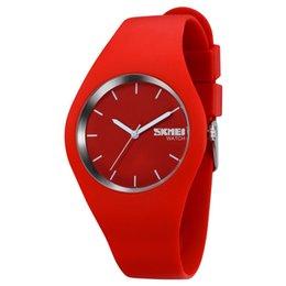 Wholesale Skmei White Silicone - SKMEI New Women Watch Silicone Watches Luxury Quartz Watch Casual Watch Women Wristwatch relogio feminino For Men Women Gift