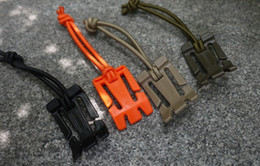 Wholesale 2pcs molle backpack buckle rope web clamp EDC gear outdoor equipment tool carabiner paracord button camp Travel kit A2