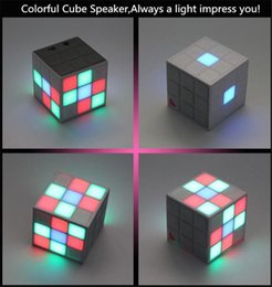 Wholesale Free DHL New Magic Cube Wireless Bluetooth Speakers Stereo Portable Subwoofer c Architectural Aesthetics Support TF Card