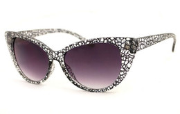 Cat Eye Sunglasses Women Brand Fashion Retro Sun Glasses Designer Lunette Vintage Sunglass Lentes De Sol Flower lunette YJ157