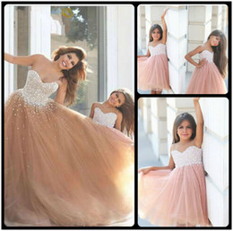 New 2020 A Line Mother and Girl Dresses Beaded Pearls Tulle Flower Girl Dresses For Wedding Champagne Kids Prom Dresses Custom Made