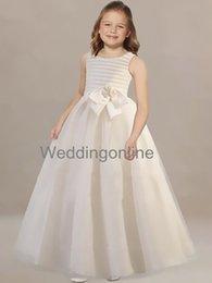 Wholesale Beautiful Handmade Flower Girl Dresses Pageant Little Girl Dress Lovely Birthday Gowns Little Girl Party Dress