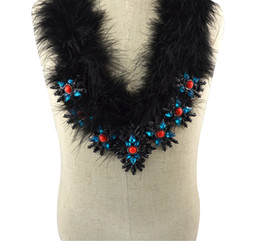New Fashion Gun Black Plated Chain Charm Rhinestone Natural Resin Beads Black Feather Bib Statement Necklace for Women Jewelry
