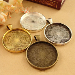 Wholesale pieces To fit mm round cabochon antique bronze silver plated vintage style alloy pendant tray settings hd1127