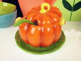 Wholesale-Exquisite beautiful orange ceramic pumpkin soup bowl with lid, cooking pot