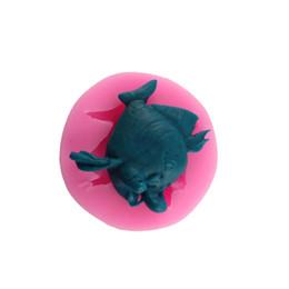 Wholesale 3D Handmade DIY Fish Shape Popular Silicone Cake Mold Fondant Chocolate Cake Tools Baking Handmade Soap Mold CT0308