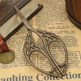 Wholesale DIY Vintage Scissors Titanium Sewing Style Antique Design Embroidery Shear Craft Crane Cutter Fabric Household