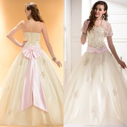 Wholesale Modest Beautiful Quinceanera Dresses with Custom Sheer Jacket Sexy Beaded Lace Applique Strapless Stunning Pink Bow Sash Wedding Gowns
