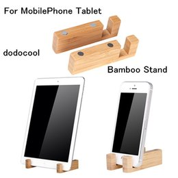 Wholesale dodocool Universal Bamboo Stand Holder Bracket with Magnetic for iPhone for Samsung LG y CellPhone for iPad Tablet PC